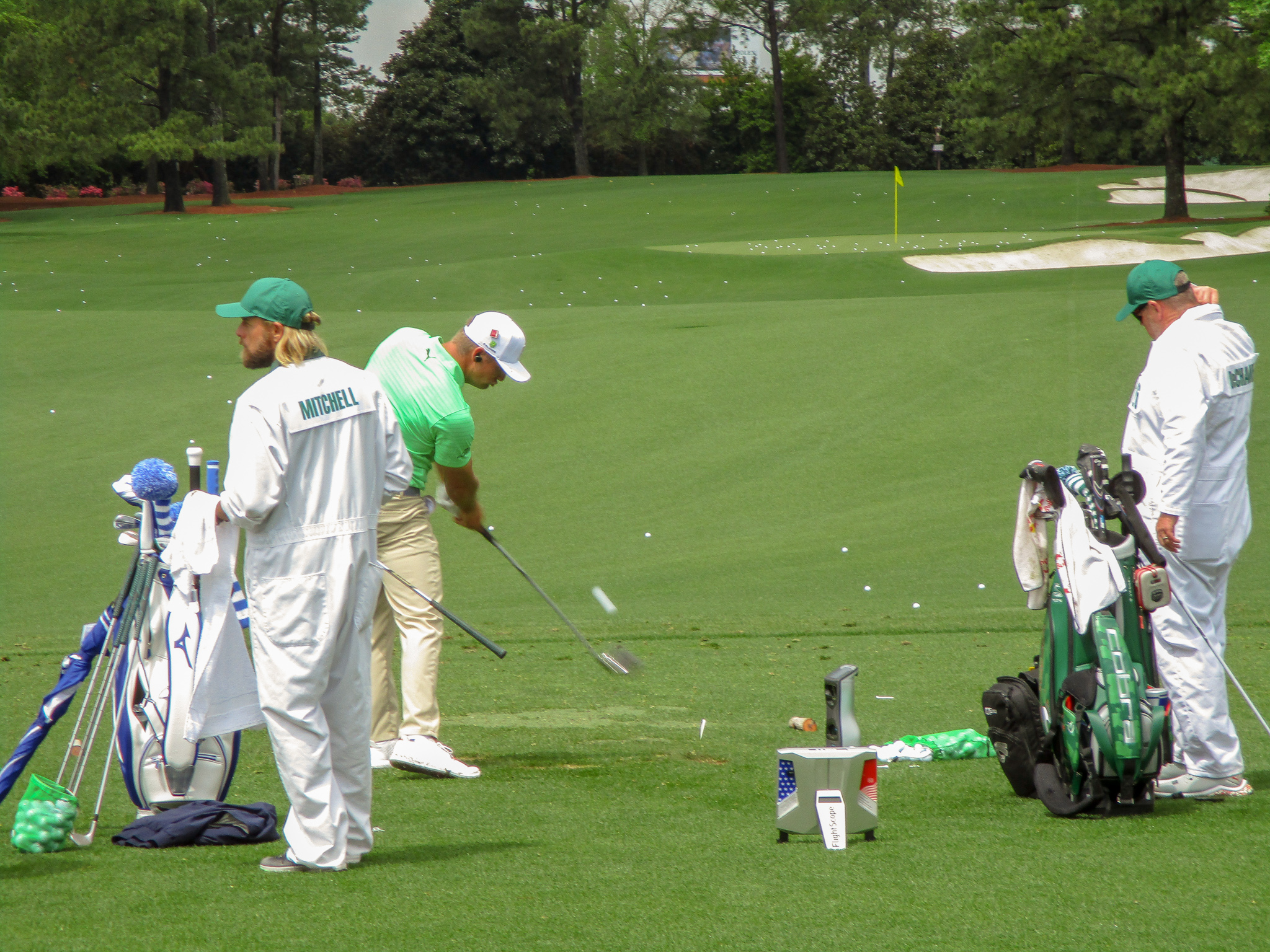 Bryson DeChambeau Driving Range Augusta National Golf Club US-Masters 2019